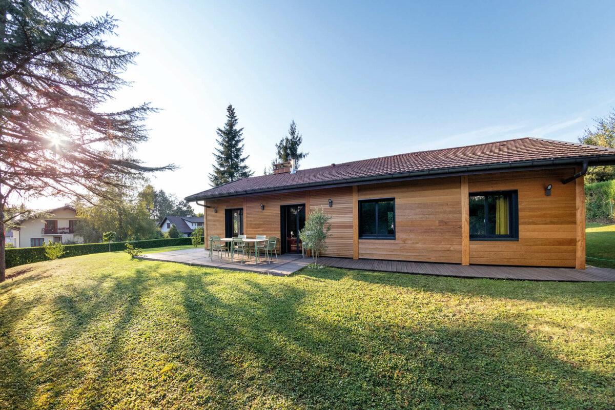 Renovation maison Annecy-Le-Vieux jardin - Ciel Architecture