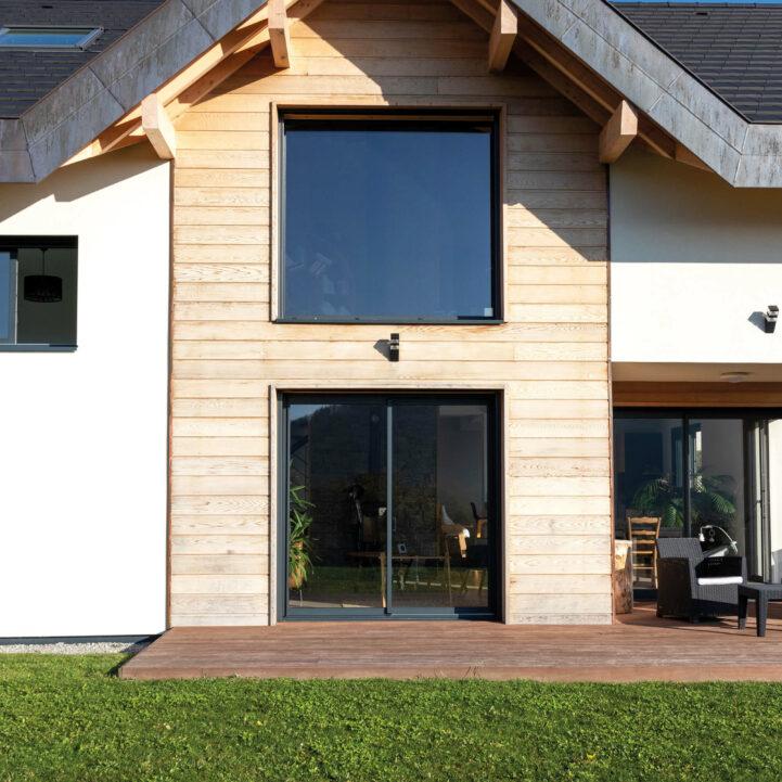 Maison particulier Chapeiry Haute-Savoie pente exterieur - Ciel Architecture