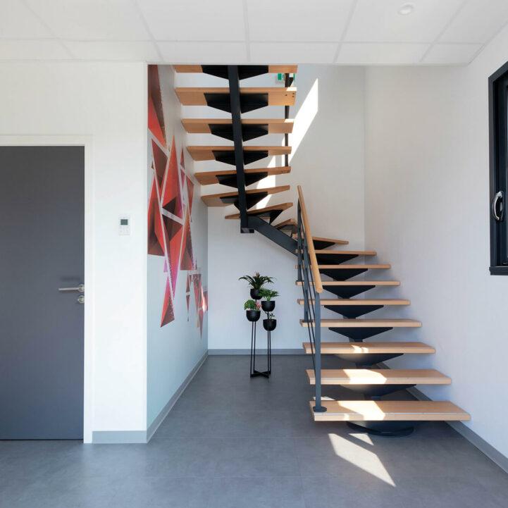 Tertiaire EC International Escalier - Ciel Architecture